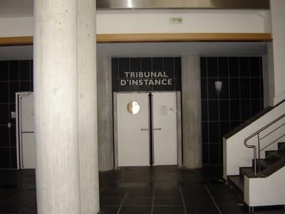 Entrée du tribunal d'instance de Besançon